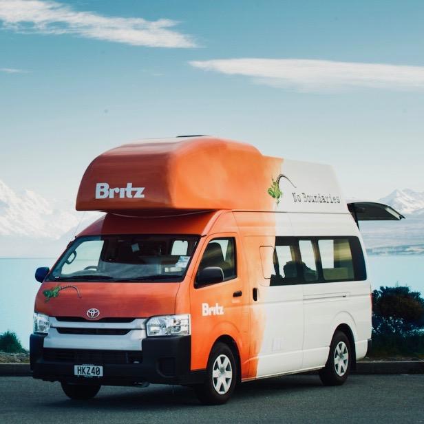 Huur de Britz Voyager campervan bij Oak Travel